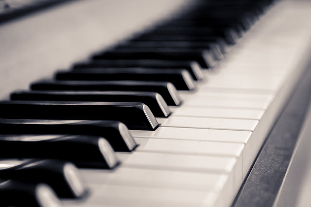 Top 9 Best Cheap Keyboard Piano In 2019 Reviews