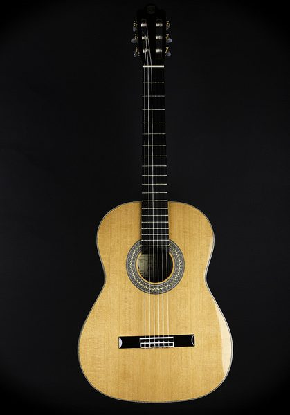 Top 10 Best Classical Guitars – Top Guitar Brands On The Market 2019 Reviews