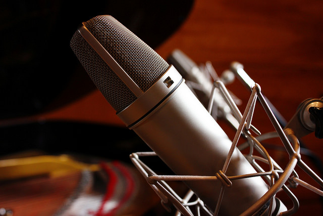 Best Microphones for Recording Electric Guitar