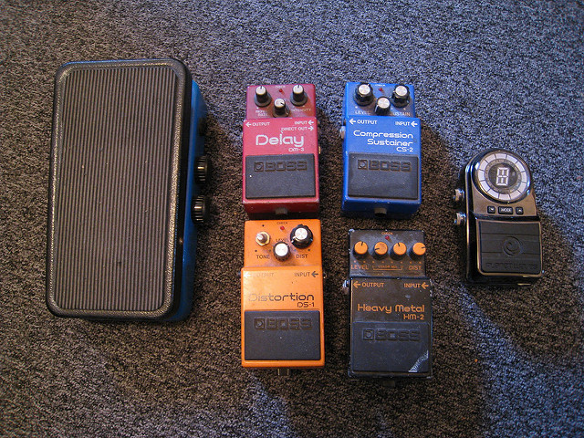 Delay Effects Pedals Buying Guide