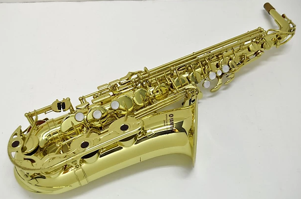 32-saxophone-review