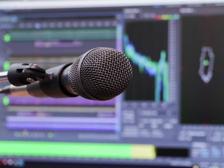 Best Dynamic Microphones 2021 – Top 8 Brands For Every Budget Reviews