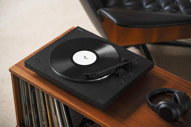 Top 10 Best Turntables Under $300 For The Money 2019 Reviews